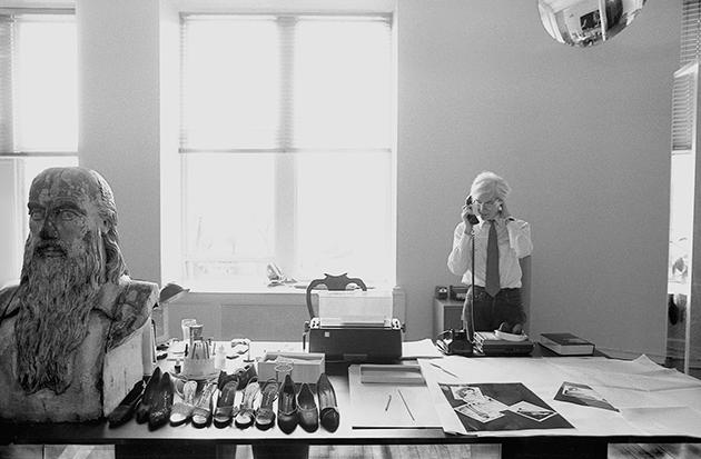 Warhol's desk, Halston shoes, Leonardo da Vinci bust, 1981 (Photo by Robert Levin)