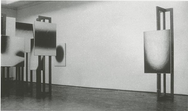 Wojciech Fangor, StanisławZamecznik, Study of Space, Nowa Kultura Salon, Warsaw, 1958. Image: Courtesy of Magdalena Fangor and reproduced with the permission of The Fangor Estate.