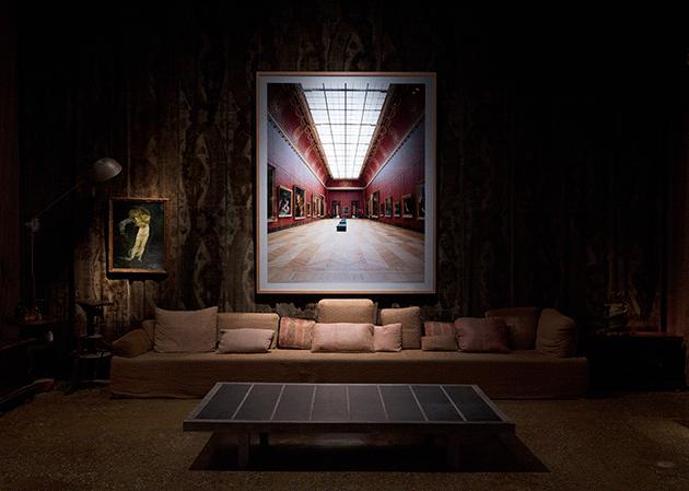 Installation shot: Venice, Palazzo Fortuni, Quand fondra la neige où ira le blanc, 4 June - 10 October 2016. Candida Hoffer, Musée du Louvre Paris XVI 2005. Image: © Antonio Maniscalco