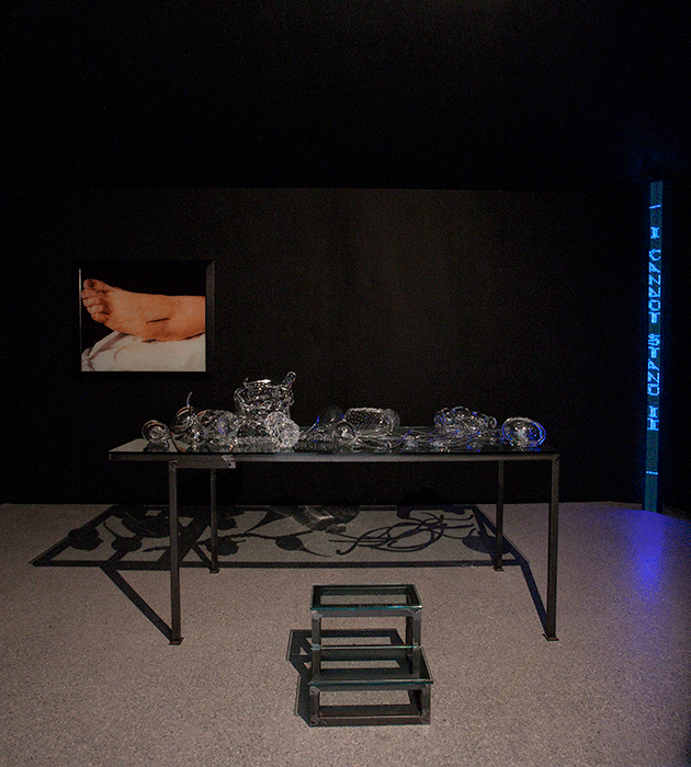 Installation shot: Bolzano, Museion, Che cosa sono le nuvole, 7 February - 2 May 2010. Left: Andres Serrano, The Morgue (Rat Poison Suicide II). Centre: Chen Zhen, Crystal Landscape of Inner Body, 2000, crystal, iron, glass, private collection.