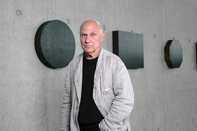 Richard Serra, Portrait with Forged Drawing, 2008. Photo: Markus Tretter. © Richard Serra/VBK, Wien, 2008, Kunsthaus Bregenz.