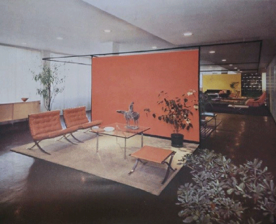 The present work, Piccolo Cavaliere, in the Knoll Showroom in 1951.
